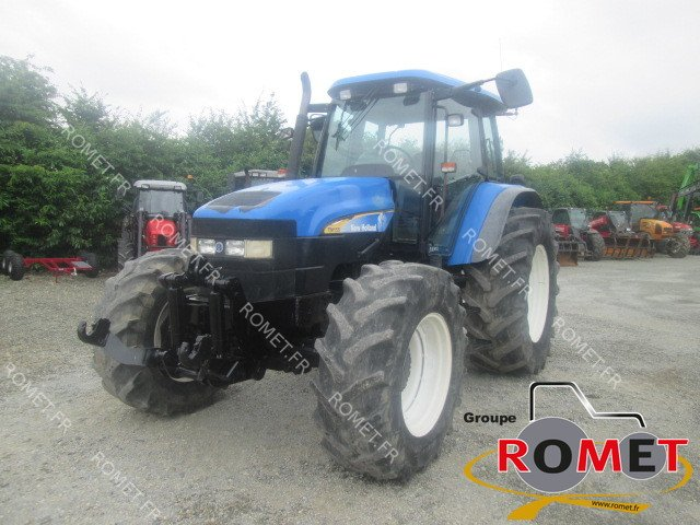 Tracteur agricole New Holland TM155 - 1