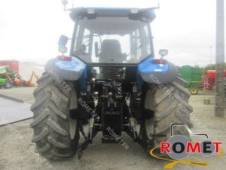 Tracteur agricole New Holland TM155 - 2