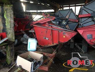 Moissonneuse batteuse Massey Ferguson 32 - 11