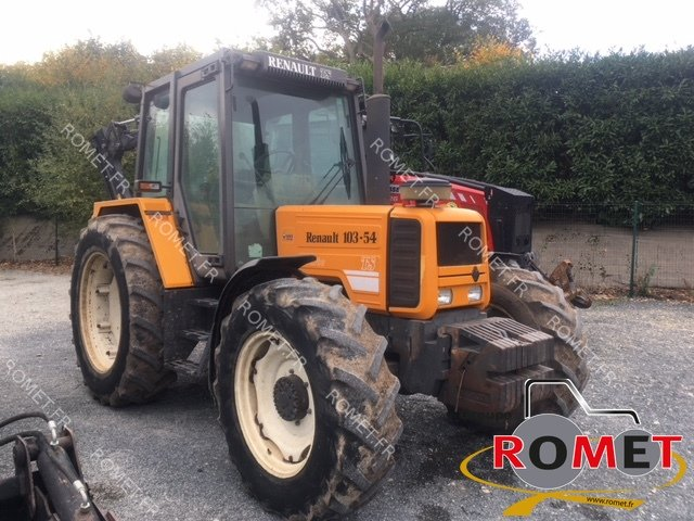 Tracteur agricole Renault 103-54 TS - 1