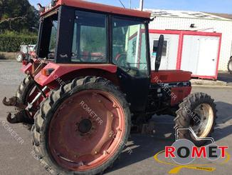 Tracteur agricole Case IH 845S - 2