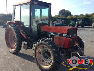 Tracteur agricole Case IH 845S - 4