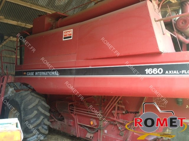 Moissonneuse batteuse Case IH 1660 - 1