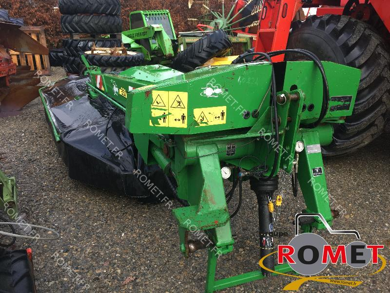Faucheuse conditionneuse John Deere 331 - 1