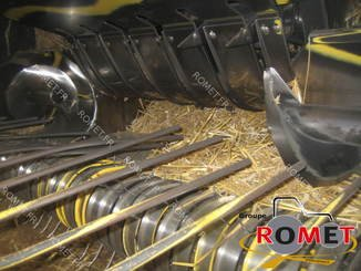 Presse à balles carrées New Holland 4880S - 9