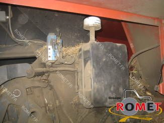 Presse à balles carrées New Holland 4880S - 6