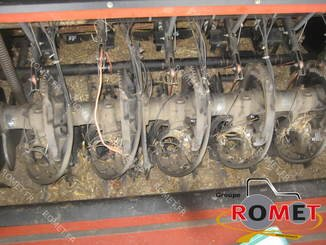 Presse à balles carrées New Holland 4880S - 8