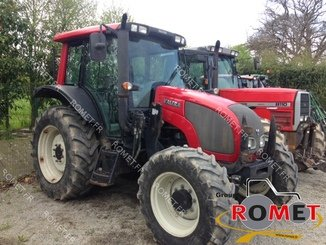 Tracteur agricole Valtra N82 - 1
