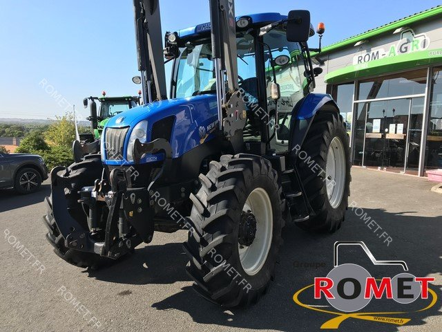 Tracteur agricole New Holland T 6140 - 1