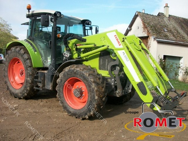 Tracteur agricole Claas ARION440 - 1