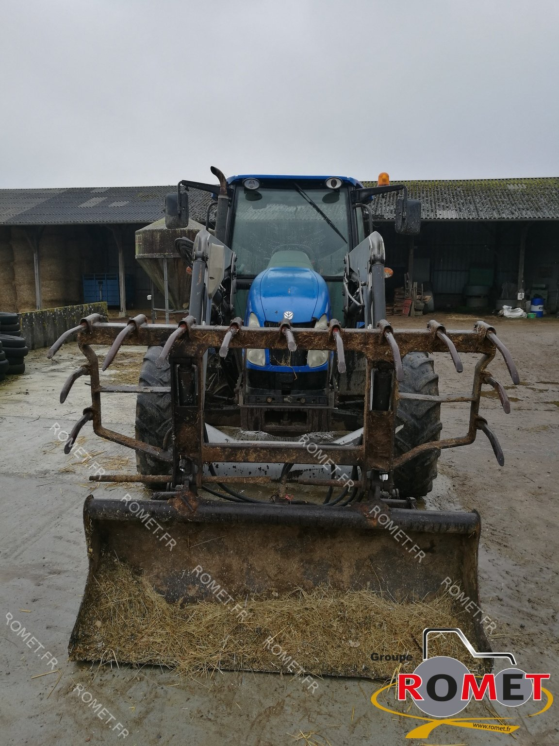 Tracteur agricole New Holland T 5060 - 1