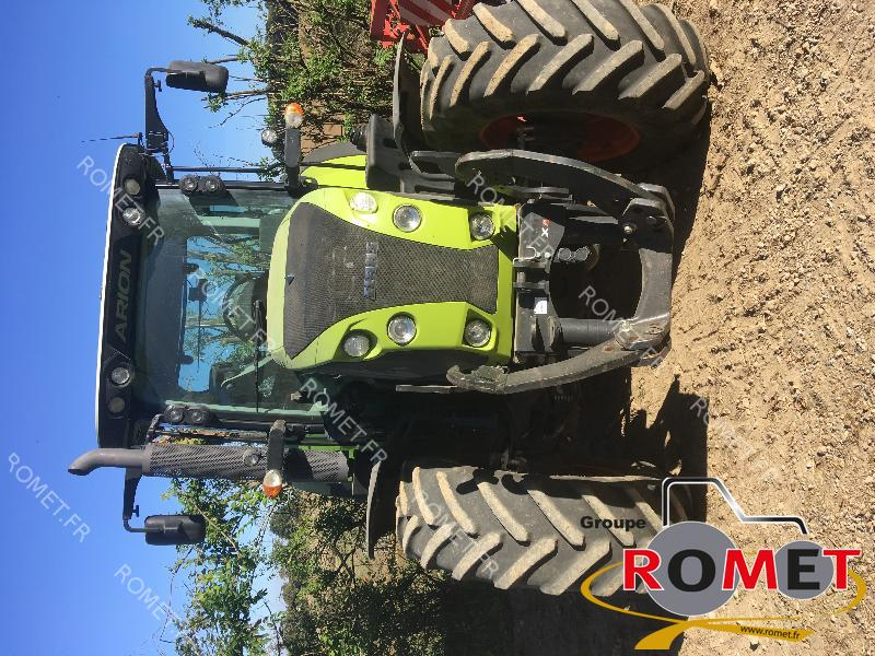 Tracteur agricole Claas ARION 530 - 1